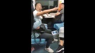https://videoclip.club/ 2018年10月1日、中国の長距離列車で同日未明、...