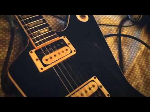 Unchained riff by Van Halen
