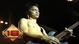 Ungu - Berjanjilah   (Live Konser Singkawang 5 Juli 2006)