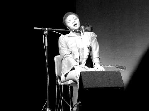 Lizz Wright - Amazing Grace (a capella)