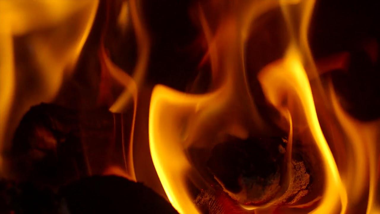 Warming Intense Slow Fire   4K Relaxing Screensaver