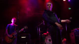 The Undertones – I Know A Girl (live in Dublin – December 2017)