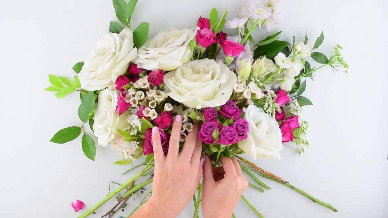 Easy Diy Organic Bridal Bouquet By Flower Moxie Super Fast Tutorial