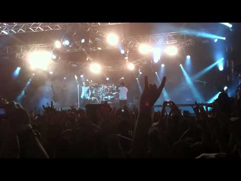 Avenged Sevenfold - Save Me (last part, end of show) -  Live in POA 07/04/11