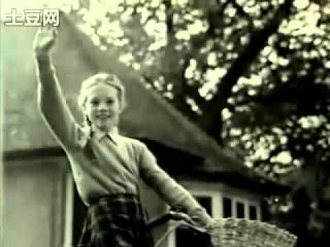 Child Star, Living Legend - Julie Andrews 1/2