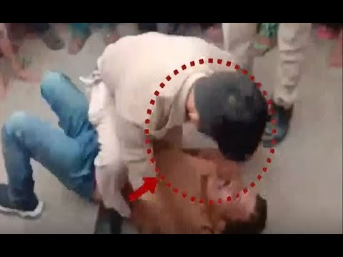 Watch: Police officers brutalise auto driver in UP's Mathura