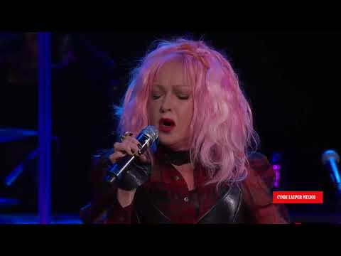 Cyndi Lauper - I Drove All Night LIVE 2016