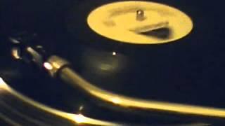 Barry Manilow - Copacabana ( at the copa ) (1978 Arista)
