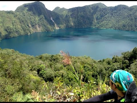 LAKE HOLON - Gem of the South ( Tboli, South Cotabato, Philippines)