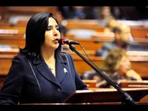 MINISTRA DE TRABAJO ANA JARA RESPONDE FUERTE Y CLARO EN EL PLENO DEL CONGRESO