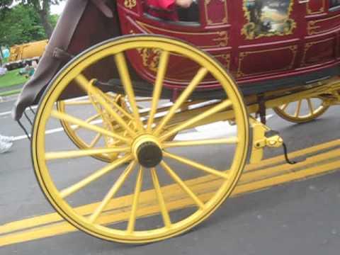 Parktacular Parade St.Louis Park Minnesota 2013 Wells Fargo and Co Wagon
