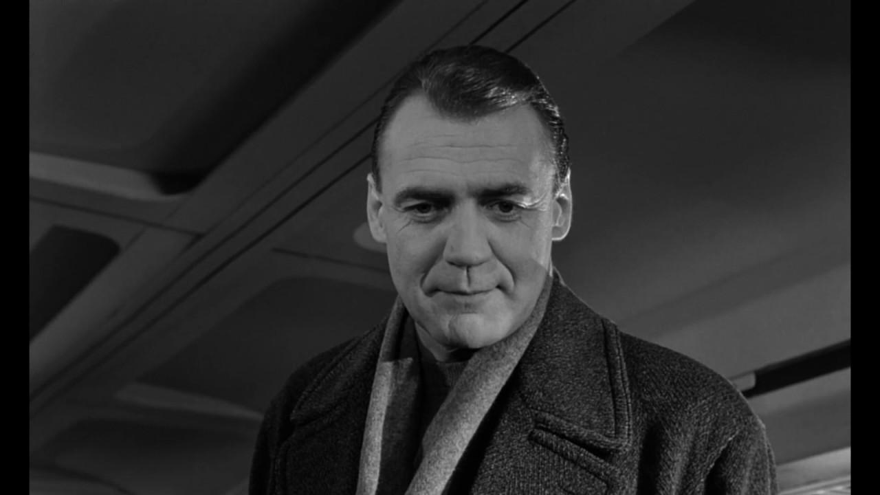 Bruno Ganz n Zúrich Suiza 22 de marzo de 1941 es un actor suizo que ha alcanzado celebridad internacional por su interpretación del ángel Damiel en Der Himmel