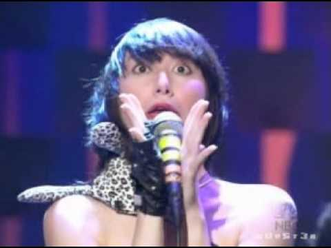 Yeah yeah yeahs - Y Control (live on Conan) 05-09-03.mpg