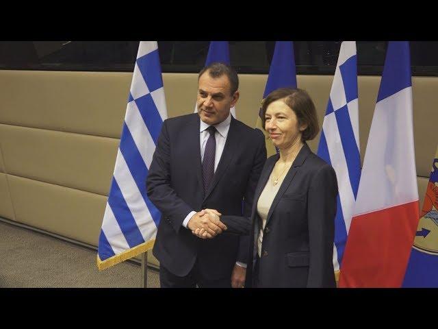 <span class='as_h2'><a href='https://webtv.eklogika.gr/' target='_blank' title='Συνάντηση ΥΕΘΑ Νικ. Παναγιωτόπουλου με την υπουργό Άμυνας της Γαλλικής Δημοκρατίας Φλωράνς Παρλύ'>Συνάντηση ΥΕΘΑ Νικ. Παναγιωτόπουλου με την υπουργό Άμυνας της Γαλλικής Δημοκρατίας Φλωράνς Παρλύ</a></span>