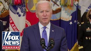 Biden is making a 'mockery' of US Military: Tucker Carlson