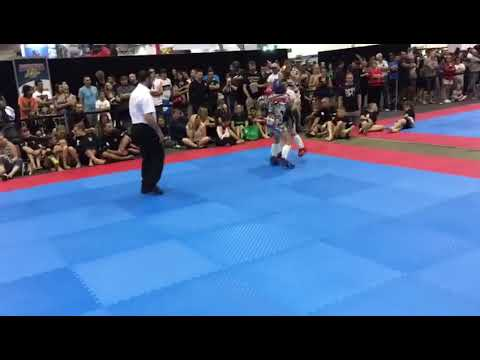 Kickboxing final(partial) Kayne chaos Welman in Blue at Arnold Classic 2017