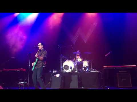 Weezer - Hey Ya (Outkast Cover) - 16.4.2017 Cologne