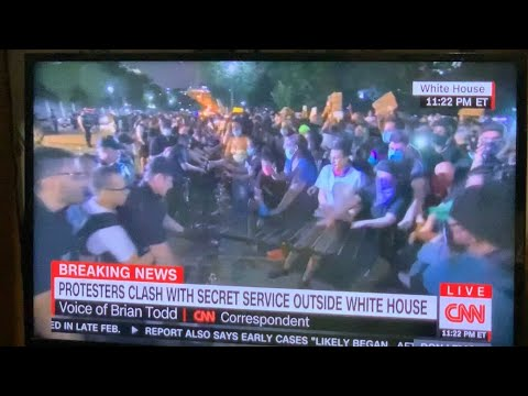 George Floyd Murder: White House Protests Get Physical As Protestors Fight For Barricade