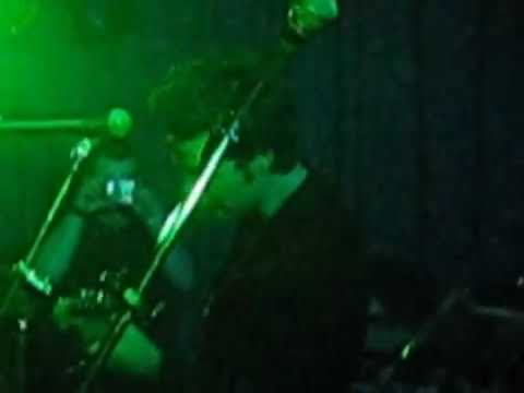RARE FOOTAGE OF THE STEREOPHONICS WHO TAKE STAGE WITH STUART CABLE CHRISTMAS 2007 PART 2