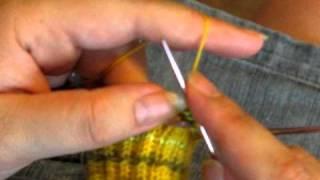 Fingerless Gloves, Part 1: Starting the Thumb Increase