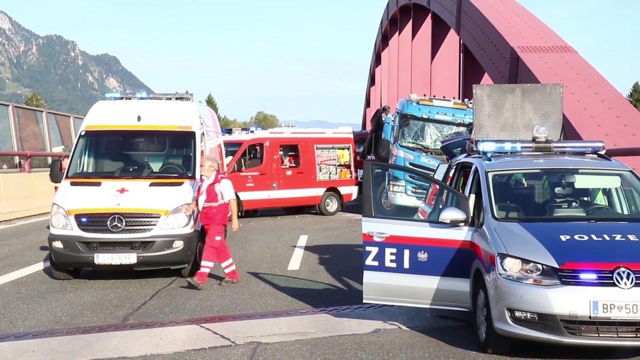 17.08.2017 07:30 Tödlicher LKW Unfall auf der A10 bei Puch/Urstein ...
