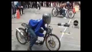 drag motor lucu kepleset dan jatuh