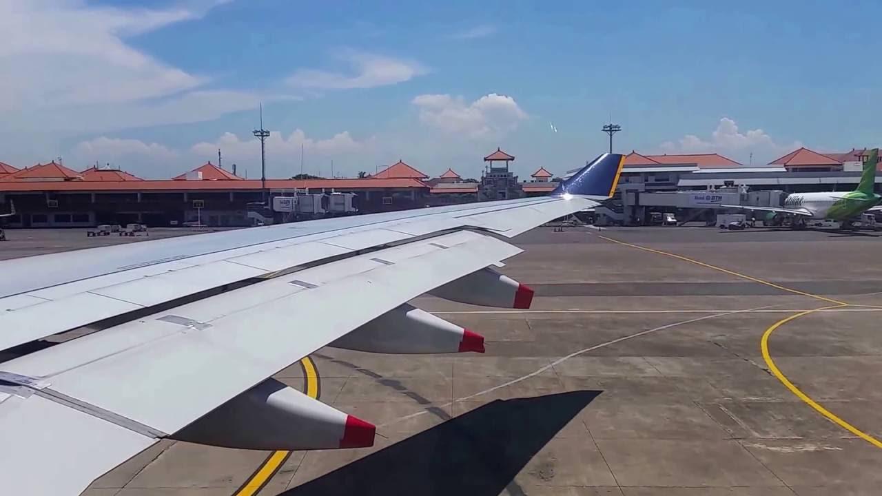 Blue apron singapore - Singapore Airlines Airbus A330 300 Denpasar Bali Singapore