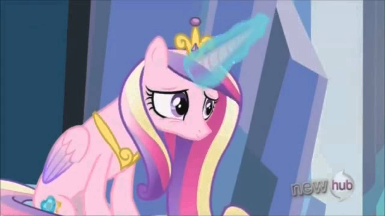 The Crystal Empire Part 1 Twilight Reunites With