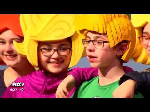 Minnesota dad makes Broadway-worthy costumes for middle school plays  sc 1 st  YouTube & Minnesota dad makes Broadway-worthy costumes for middle school plays ...