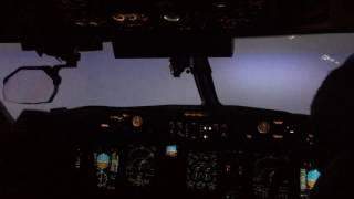 Horizon Air Dash-8 Q400 CAT III ILS Landing Zero Visibility LEVEL D Simulator