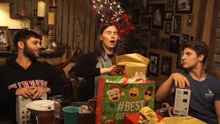 VLOG 73: Mom's Christmas- Dirty Santa and Cards against Humanity
