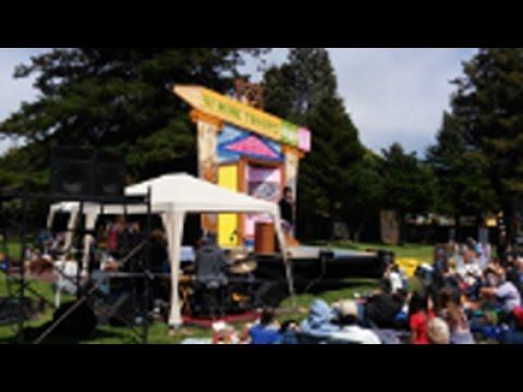 San Francisco Mime Troupe Kicks Off Summer 2016 in Berkeley