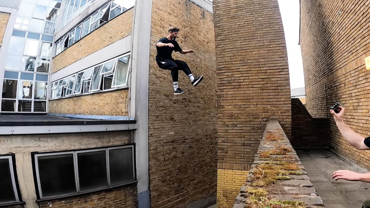 15 Challenges in 15 Minutes - STORROR Parkour RACE 🇬🇧
