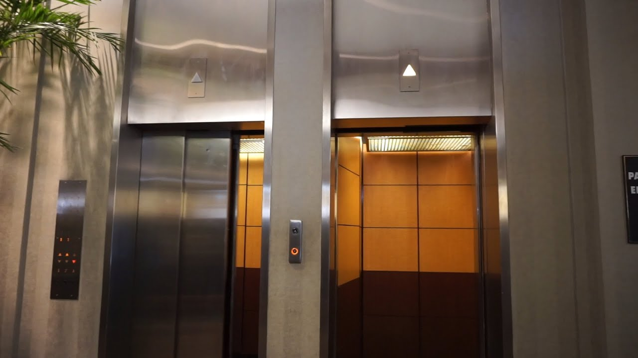 AMAZING! OTIS Autotronic traction elevators with touch buttons @ River Bank Plaza, Milwaukee, WI