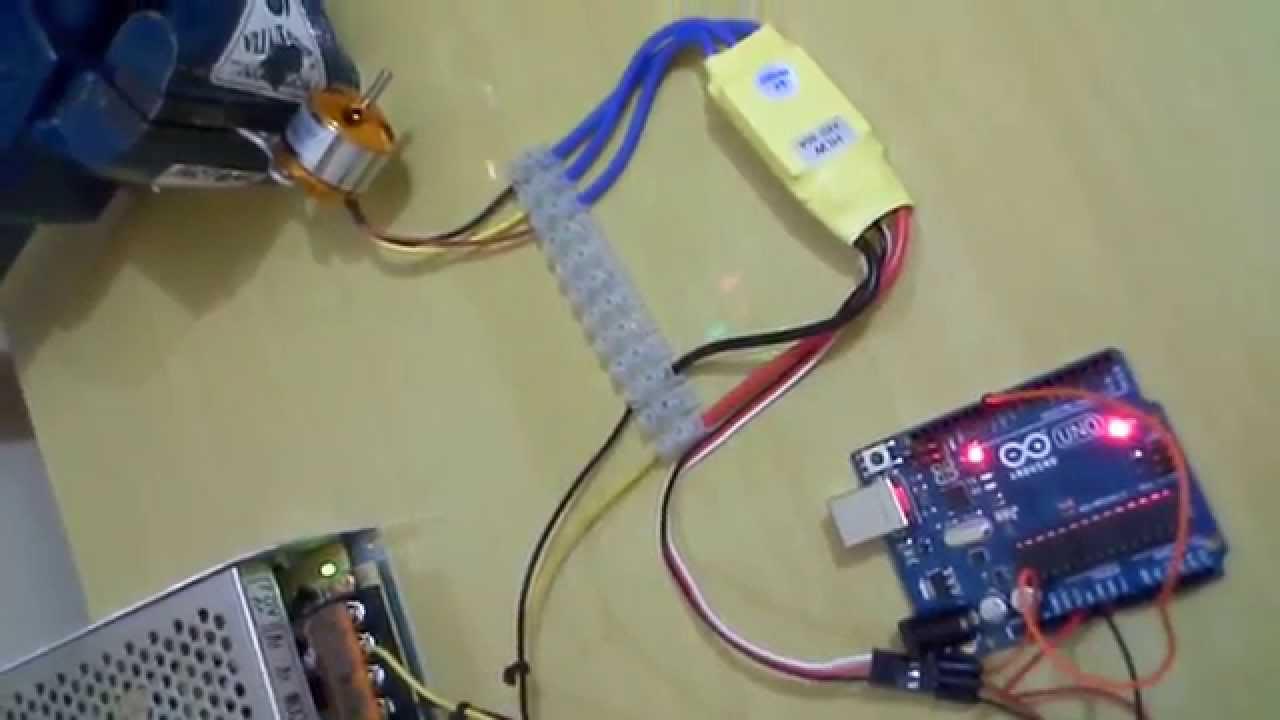Testando esc e motor brushless de drone com arduino uno