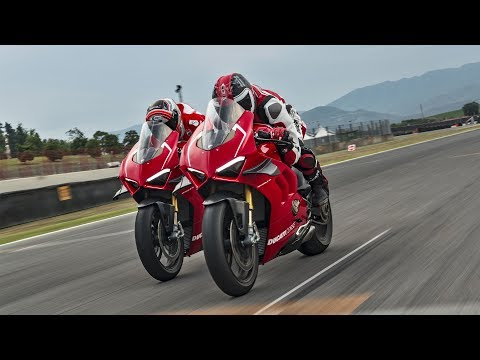 Ducati Panigale V4 R - The Sound of Excellence