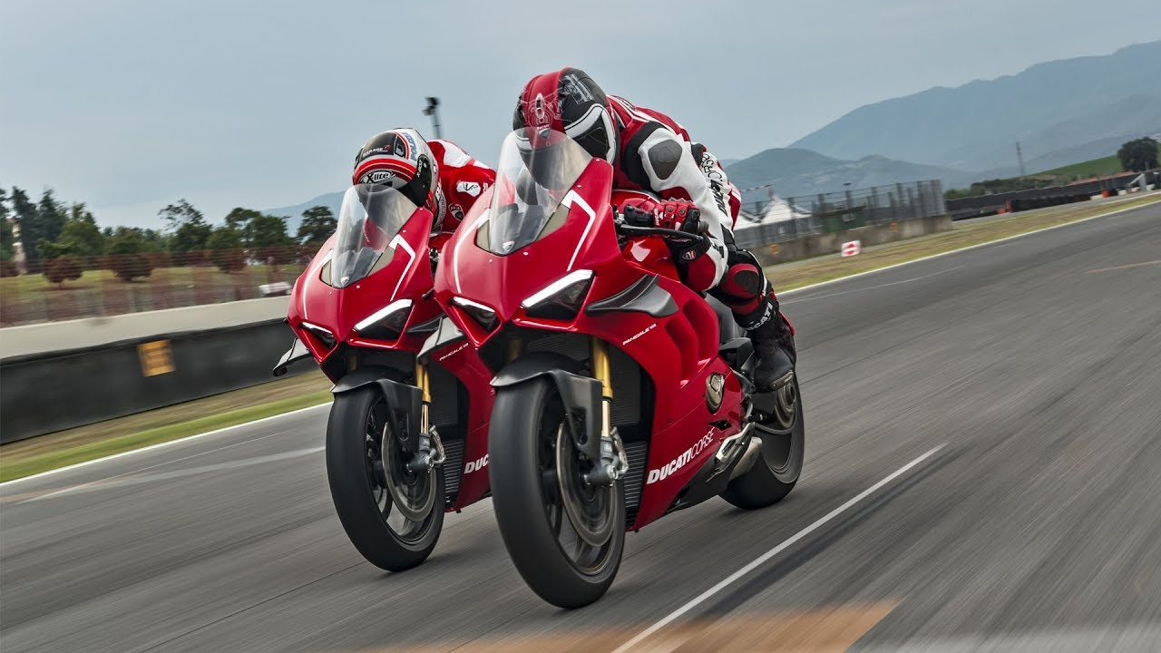 ducati panigale v4 r the sound of excellence youtube. Black Bedroom Furniture Sets. Home Design Ideas