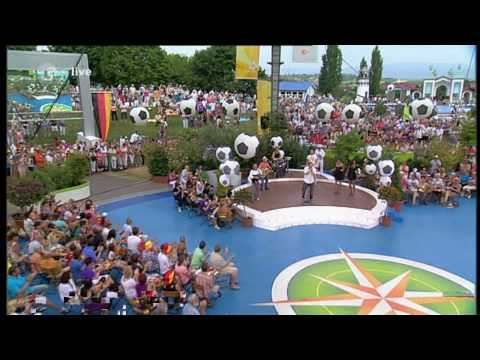 HD  Me and the Heat feat Dante Thomas  Miss California  ZDF Fernsehgarten 04072010