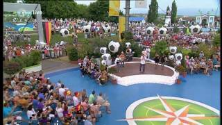 HD - Me and the Heat feat. Dante Thomas - Miss California - ZDF Fernsehgarten (04.07.2010)