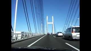 何気ないドライブ風景 横浜ベイブリッジ〜大黒PA BMW(E36)の車内より