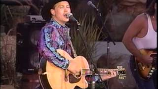 "Tracy Lawrence - If The Good Die Young ""Live"""