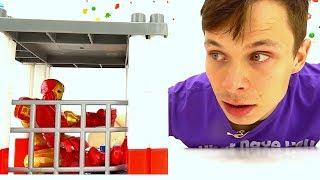 Видео про игрушки: ЖЕЛЕЗНЫЙ ЧЕЛОВЕК/Iron Man и команда супергероев
