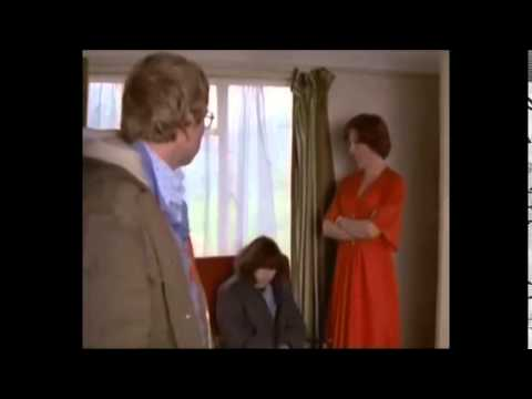 Home Sweet Home 1982 Mike Leigh (How to do an English Sunday Lunch)