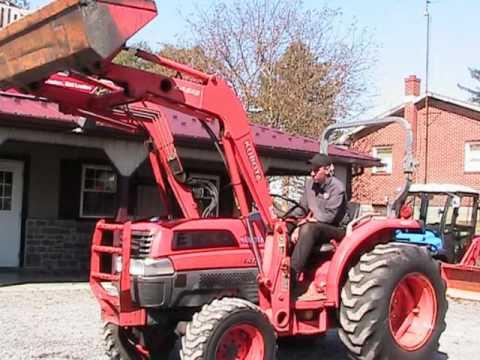 Kubota L3830 HST Tractor LA723 Loader on EBAY
