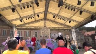 Demonstratie de dans in avanpremiera Festivalului de dans ROMANA