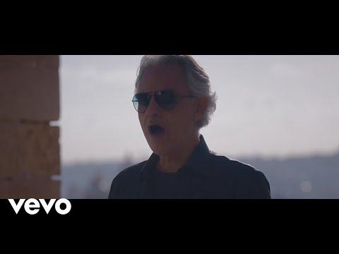 Смотреть клип Andrea Bocelli - You'Ll Never Walk Alone