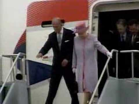 Eye To Eye: The Queen's Visit (CBS News)