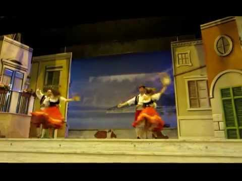 Tarantella Dance at Teatro Tasso in Sorrento, Italy | The Girl and Globe