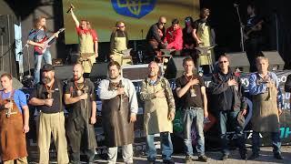 В Днепре Kovalfest: кузнецы сыграли гимн Украины на наковальнях