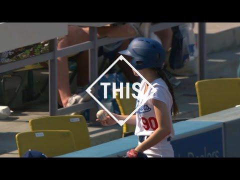 #this:-ballgirl-makes-terrific-snag-down-the-line
